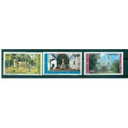Polynésie Française 1985 - Y & T n. 243/245 - Eglises