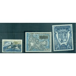 T.A.A.F. 1969 - Mi. n. 52/54 - Symboles nationaux