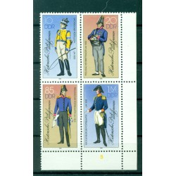 Germany - GDR 1986 - Y & T n. 2620/23 - Historical Postal service uniforms (Michel n. 2997/3000)